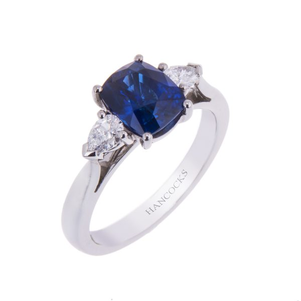 trilogy ring set with sapphire and diamonds