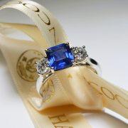 sapphire-ring-hancocks-jewellers-manchester